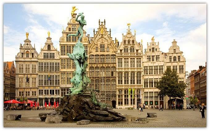 Met Carina als gids door hartje Antwerpen wandelen … Zalig!